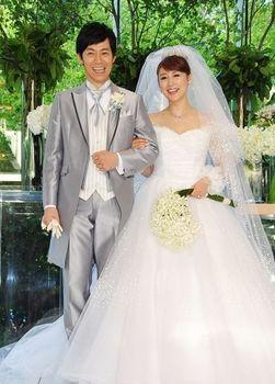 安めぐみ 結婚.JPG